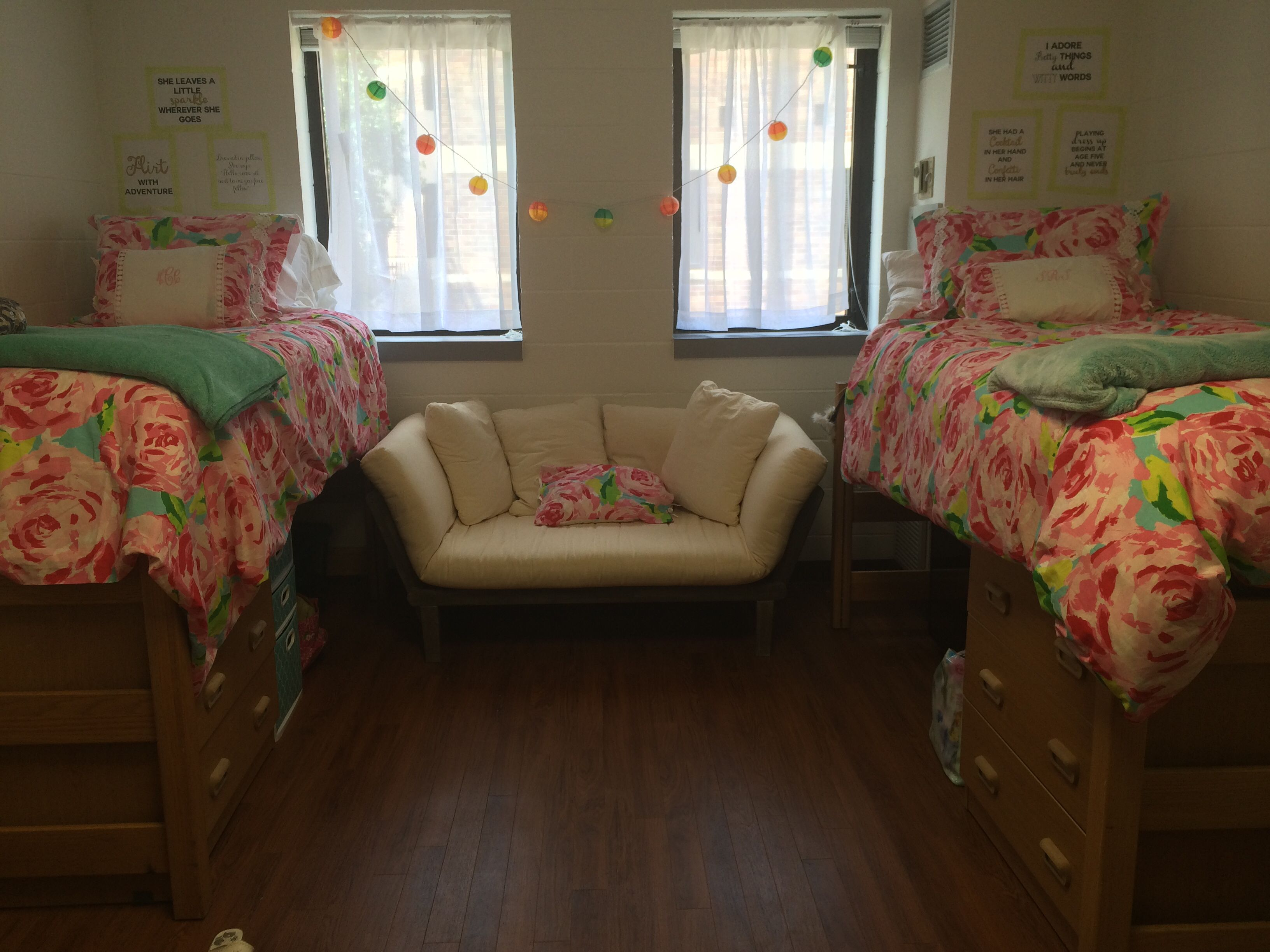 Unf Dorm Dorm Livin In 2019 College Dorm Rooms Dorm