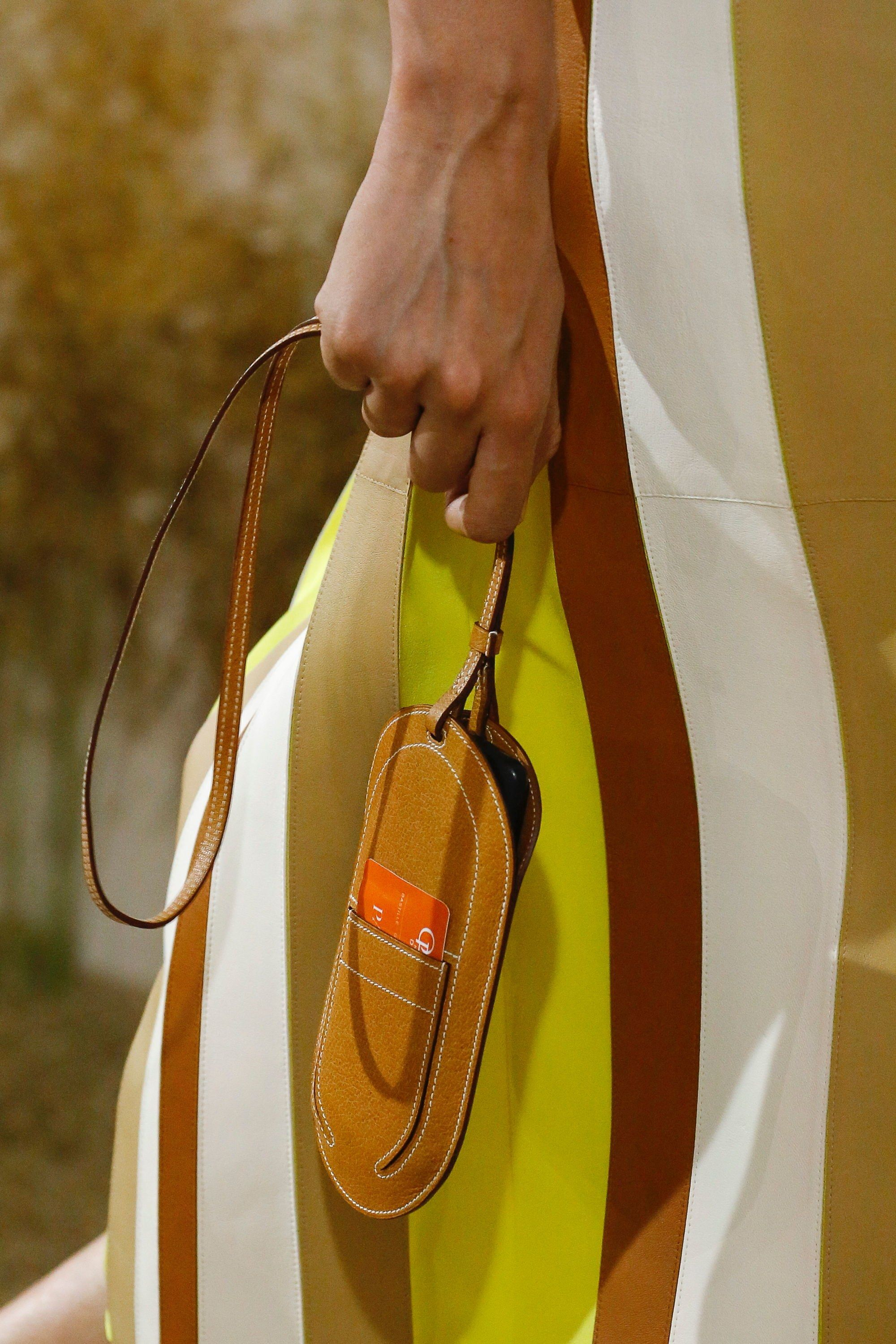 c2322bd098d Hermès Resort 2019 Collection - Vogue