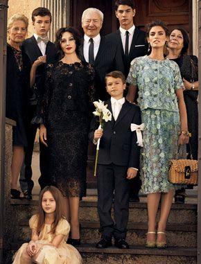 Dg Family T H E O N E S In 2019 Italian Fashion Monica