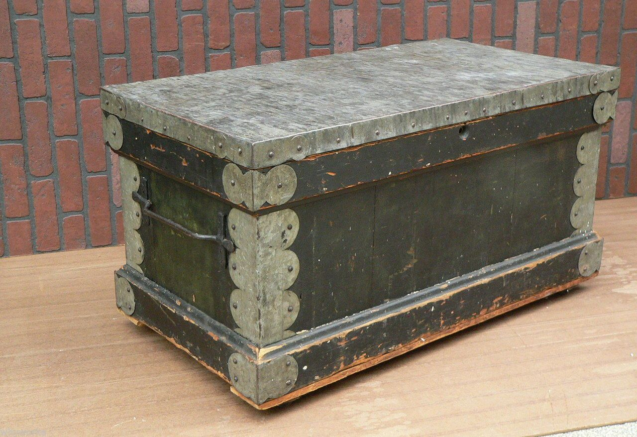 Antique old green paint galvanized carpenters chest trunk tool box antique old green paint galvanized carpenters chest trunk tool box coffee table geotapseo Gallery