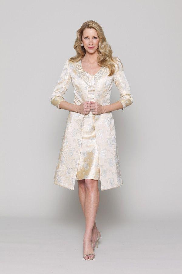 13 Gorgeous Wedding Dresses For Older Brides I Do Take Two Weddingdress Olderbride