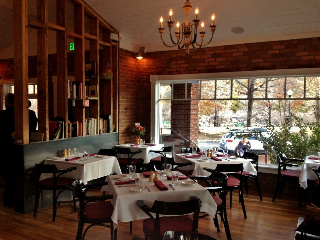 Beaujolais Bistro After 11 Years On West Street It Was Time For An Upgrade In Scenery For The Longtime Reno Restaurants Lake Tahoe Restaurants Riverside Hotel