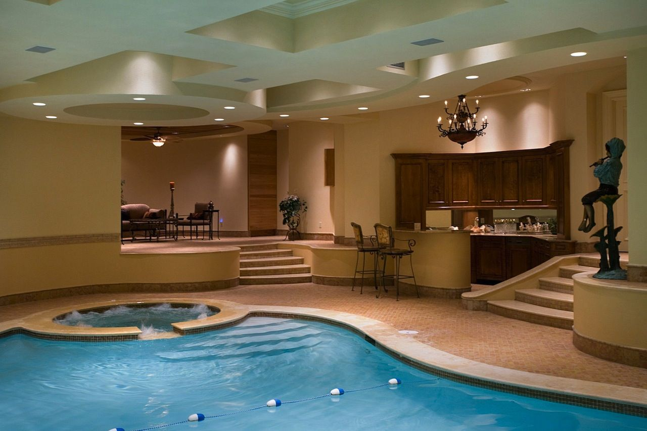 Not Your Typical Ny Estate 17 500 000 Indoor Pool House