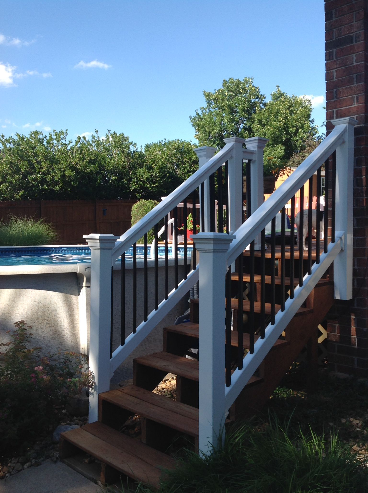Durables Vinyl Stair Railing, Bradford White #vinylrailing #deckrailing  #durablesrailing