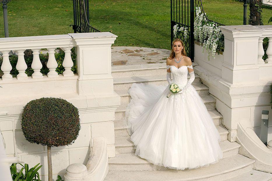 Style 418002 - Ladybird Wedding Dress Collection 2018