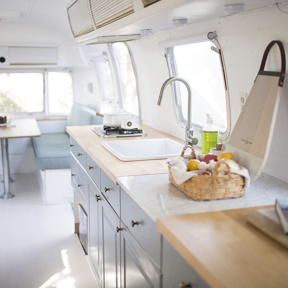 Airstream living looks so sweet and simple on today\'s couple, but we ...
