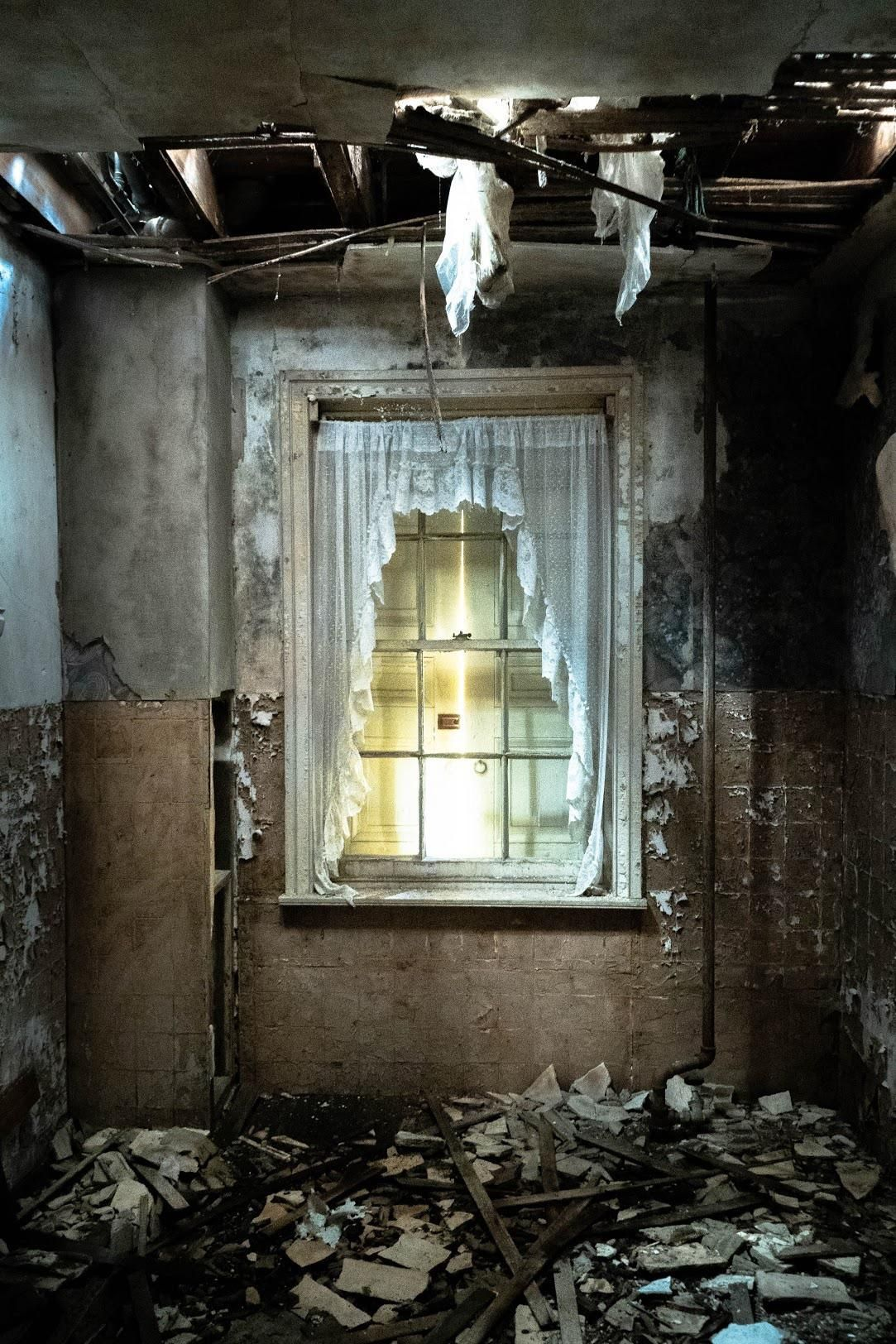 Itap From Inside An Old Condemned House Abandoned Houses Abandoned Photography Techniques