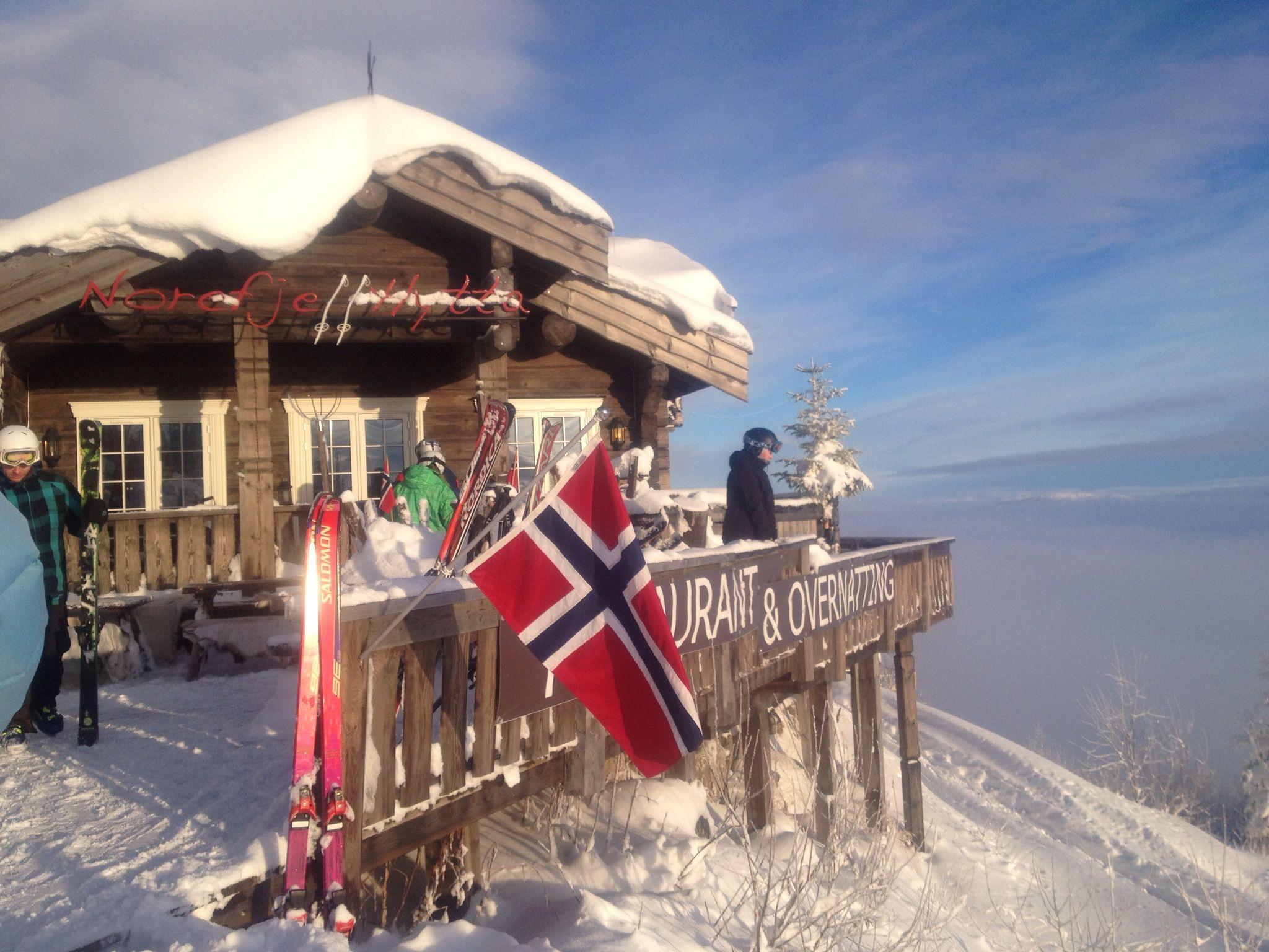 Winter in Norway, Norefjell Skiing Norefjellhytta