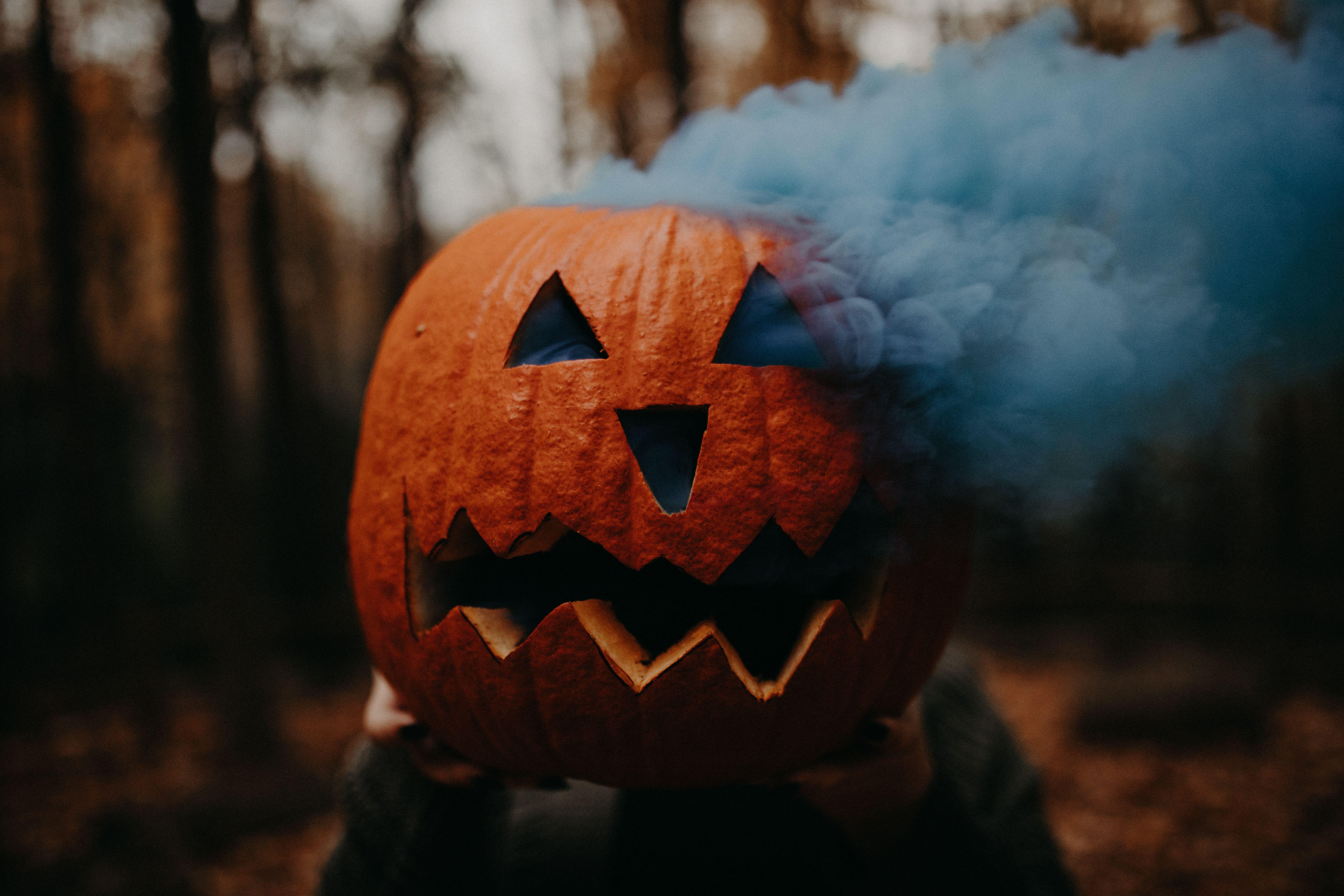 Halloween Pumpkin Carving Ideas Smoke Bomb Pumpkin Creative