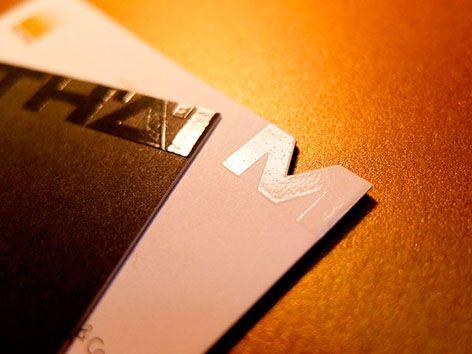 Visitenkarte Mit Stanzung Und Relieflack Visitenkarten