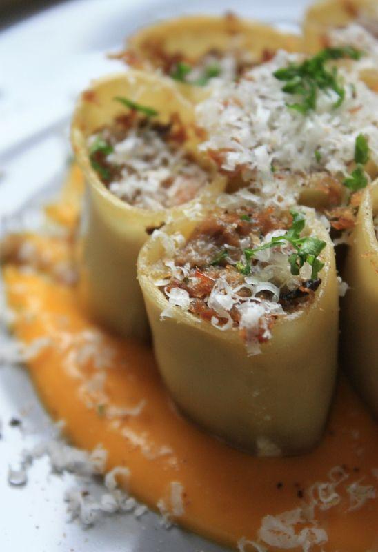 Cannelloni au confit de canard foie gras et puree de potimarron au parmesan sarah tatouille - Cuisine italienne cannelloni ...
