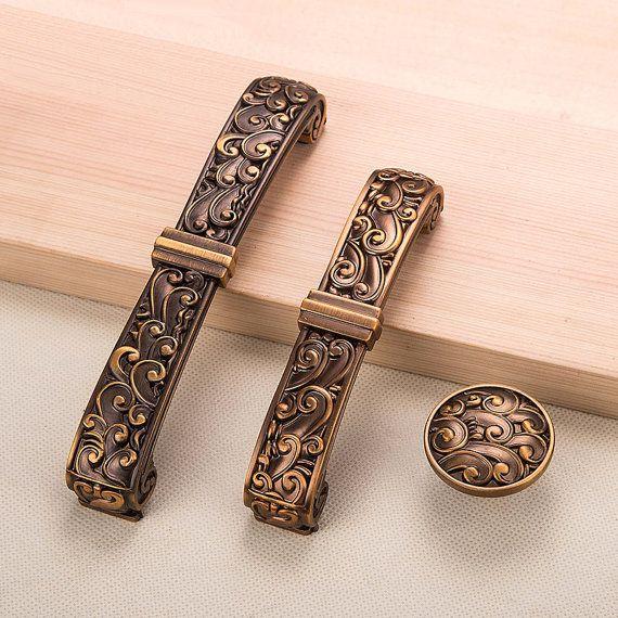 Superior Roman Pattern Vintage Drawer Pulls Country Style , Antique Brass Finish  Metal Furniture Knobs Kitchen Cabinet