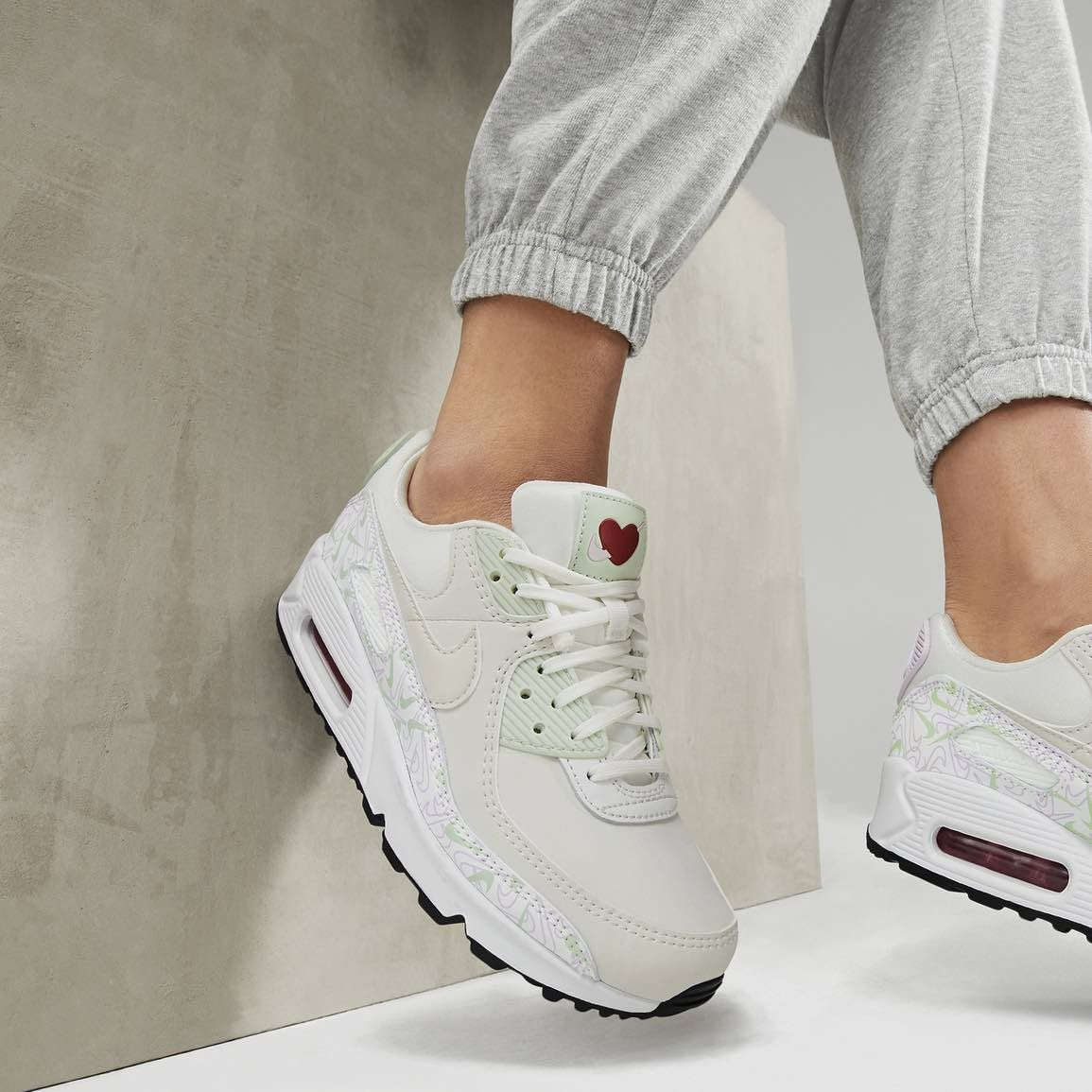 Nike Air Max 90 « Valentine's Day » in 2020