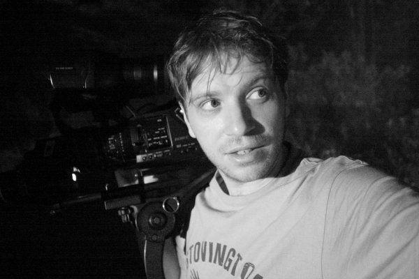 Gareth Edwards Gets Untitled u0027Star Warsu0027 Standalone Film Director - film director job description