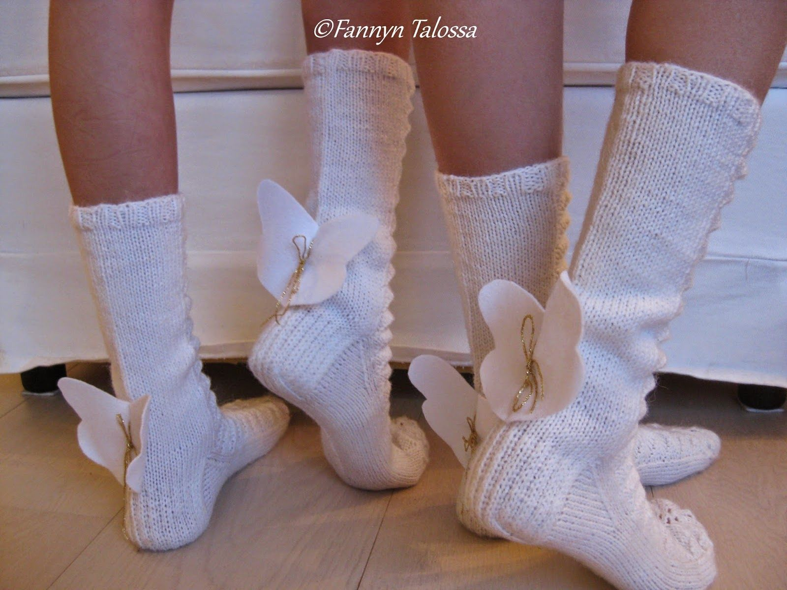 Same angel´s wings socks pictured from the back.