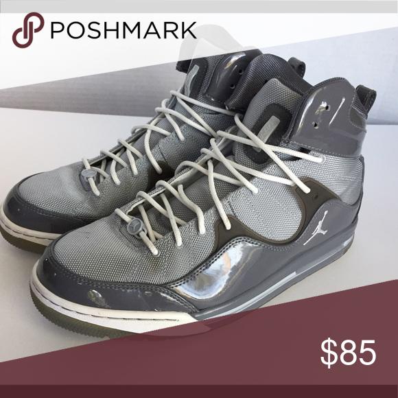 11 - Jordans TR 97 Men s Basketball Shoes Jordan Hoop TR 97 Men s  Basketball Shoes  Size 11 Gray  428826-003 Very little wear with these c288f4bd5