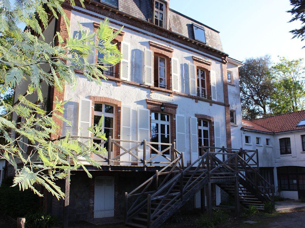 Noirmoutier  Bois de la Chaise  Grande maison pour 20 à 28 personnes  Ile