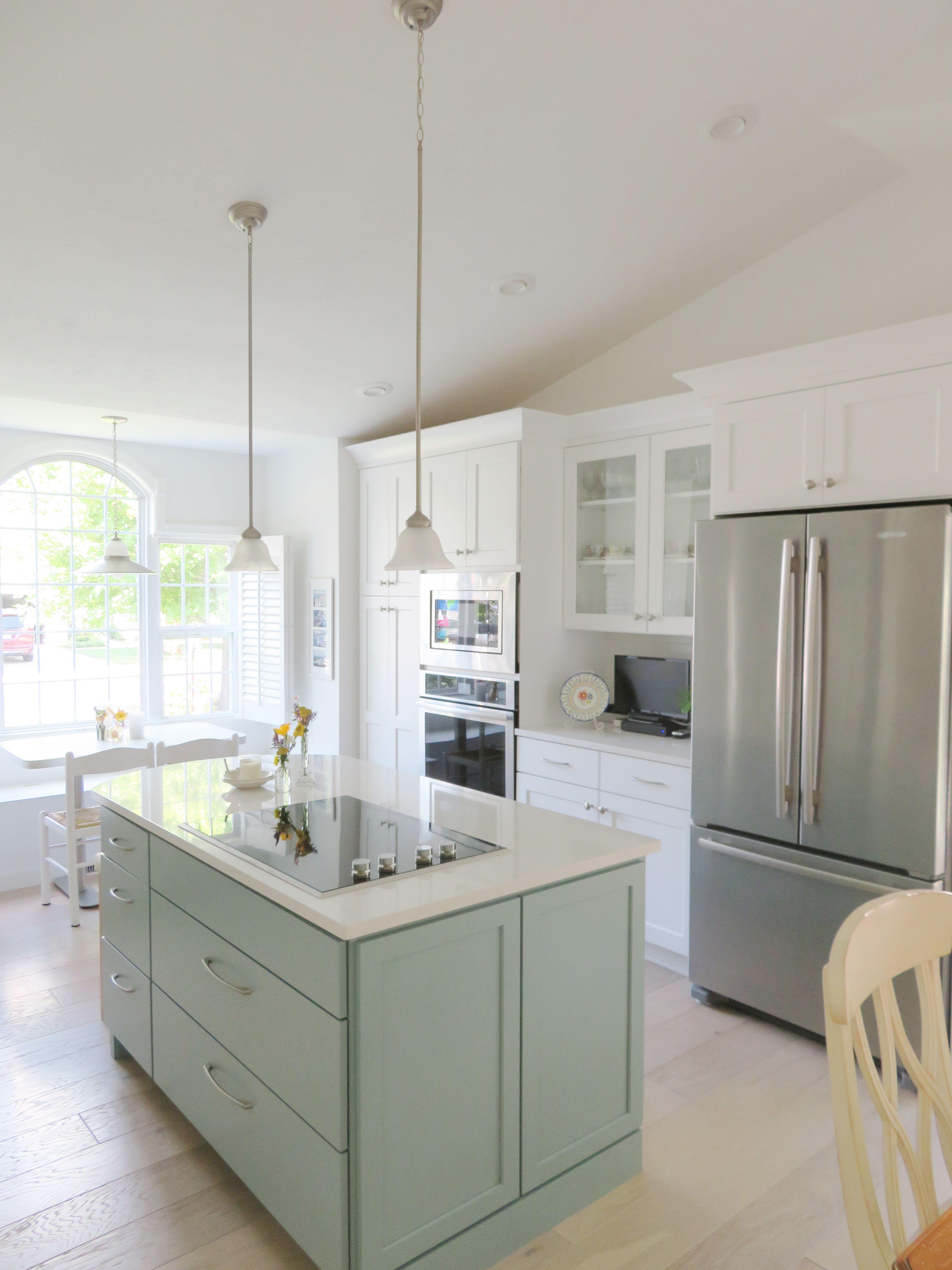 Pin by Straight Line Design on Kitchen Designs | Kitchen ...