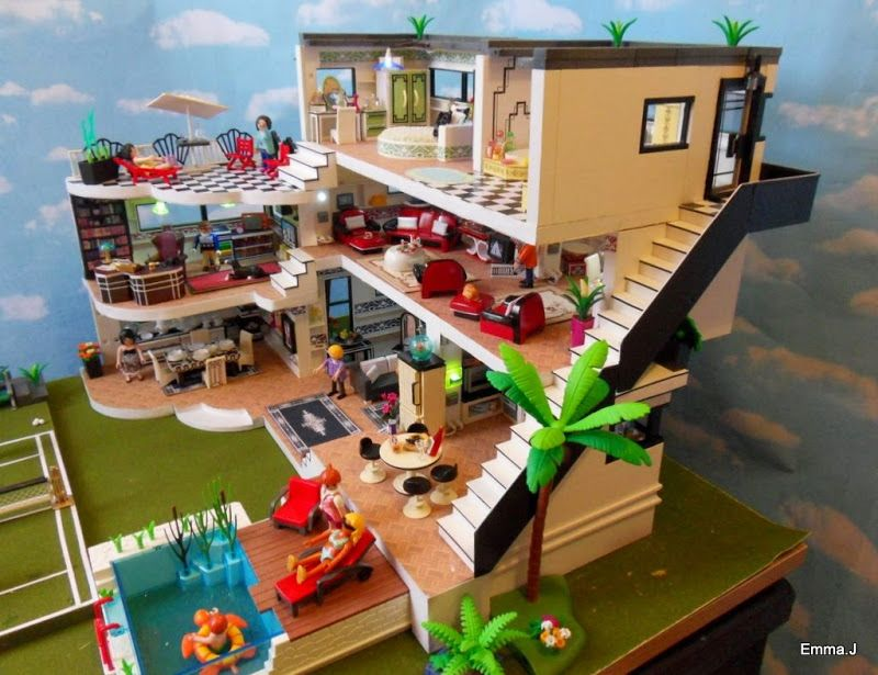 Pin by Jill Raimondi on Playmobil | Maison moderne playmobil, Maison ...