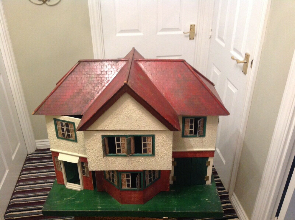 Details About Triang Vintage Dolls House