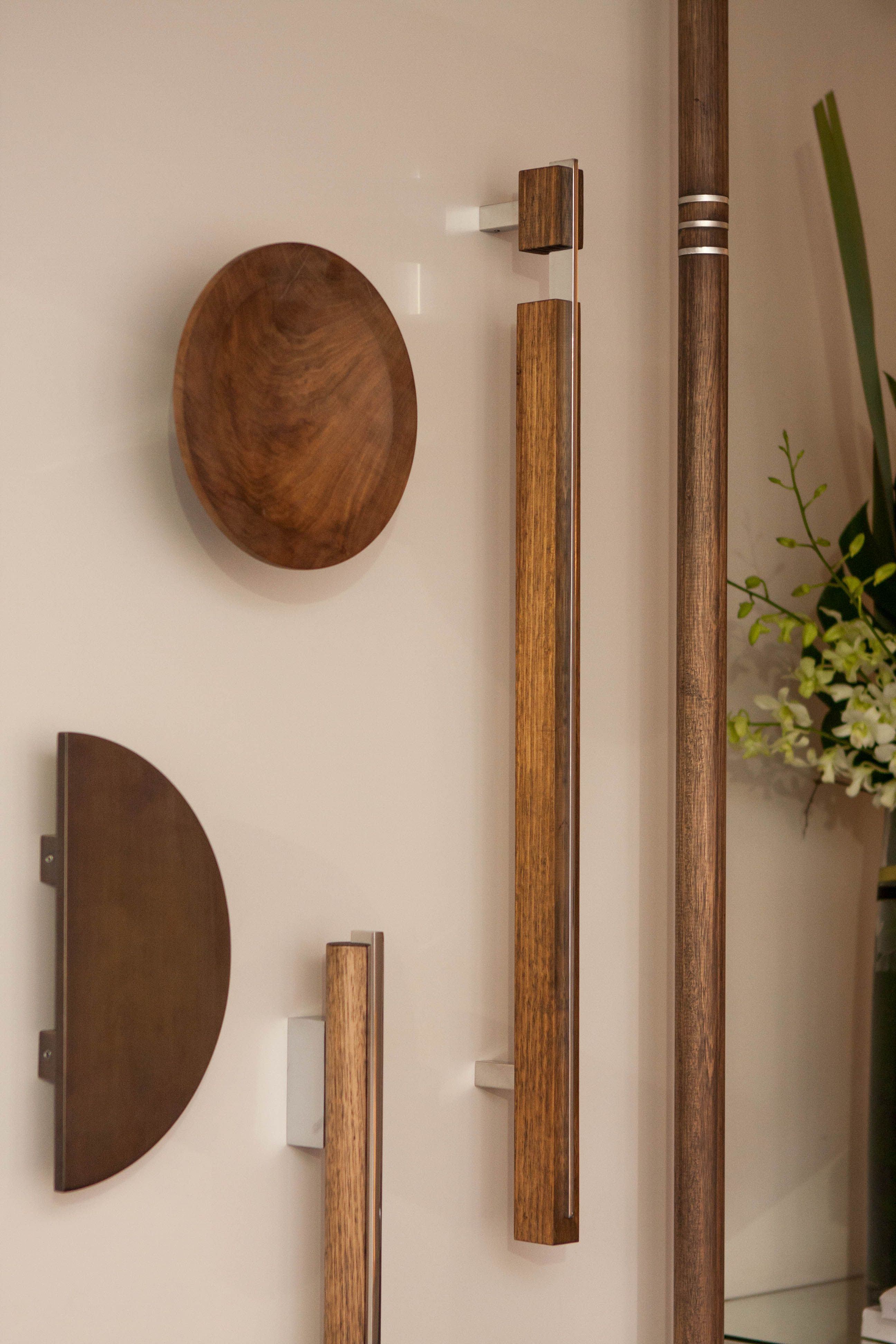 Strong natural and sturdy Designer Doorware Timber Collection offers an organic appeal to any & Strong natural and sturdy Designer Doorware Timber Collection ... pezcame.com