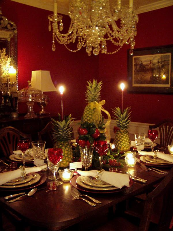 Christmas Dining Table Decorations Colonial Williamsburg Setting With Apple Tree