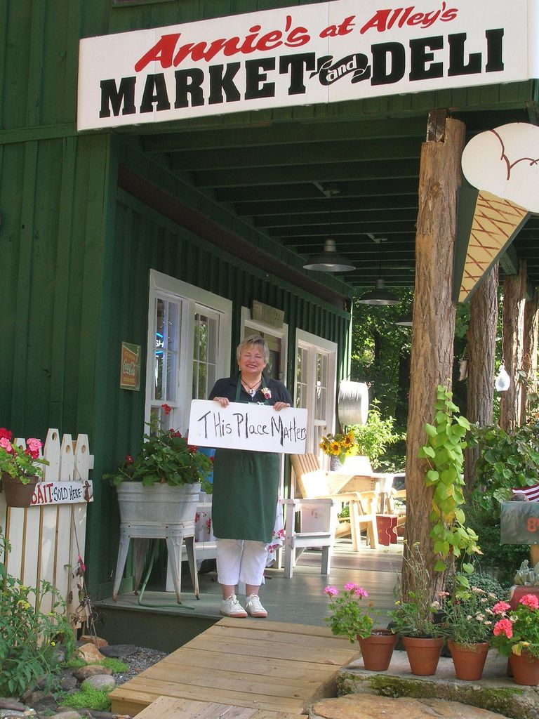 Annie S At Alleys Market And Deli Lakemont Annie Outdoor Decor