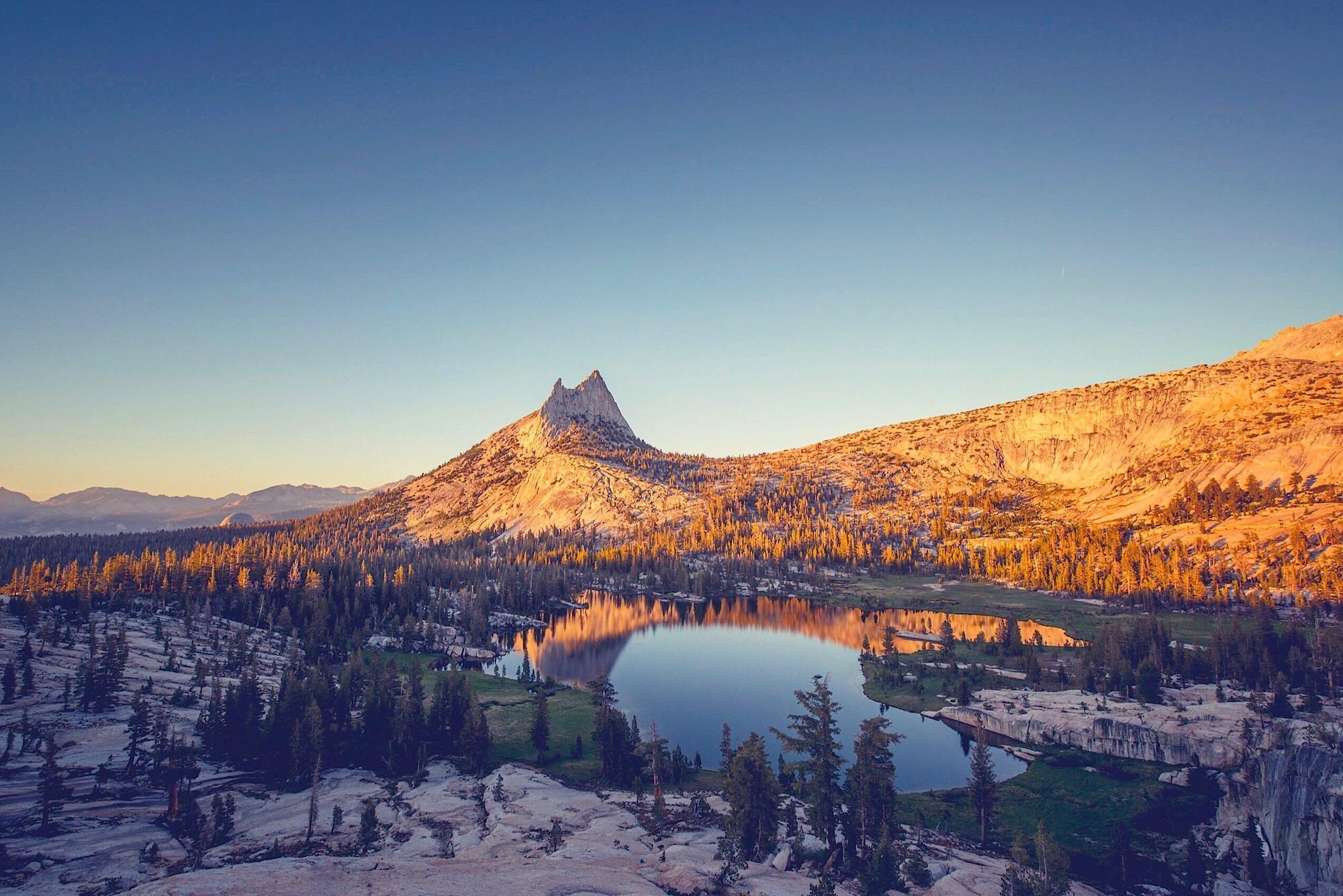 Cathedral lakes Tuolumne Meadows YosemiteCA OC [2000x1335]