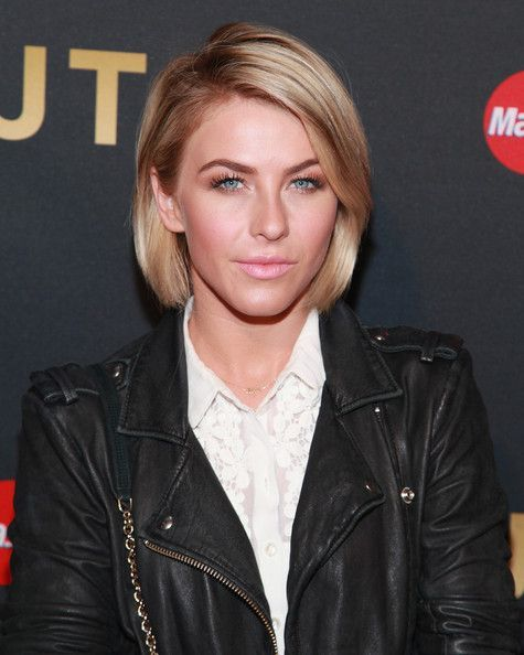 Julianne Hough Photos - Celebs Arrive to Hear Justin Timberlake Perform in NYC -... ,  #Arrive #Celebs #Hear #Hough #Julianne #Justin #NYC #perform #photos #shorthairstylewomenjuliannehough #Timberlake
