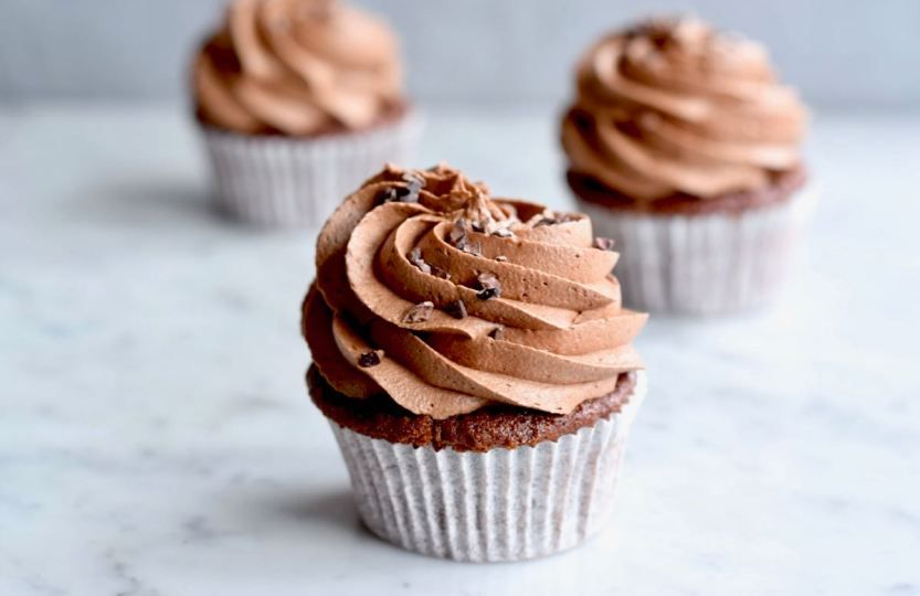 Chocolade cupcakes - Leuk en simpel recept! - Gwenn's Bakery