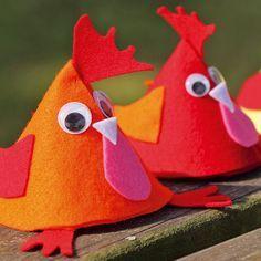 Faire une poule en feutrine pour cacher les chocolats de Pâques avec Wesco Family
