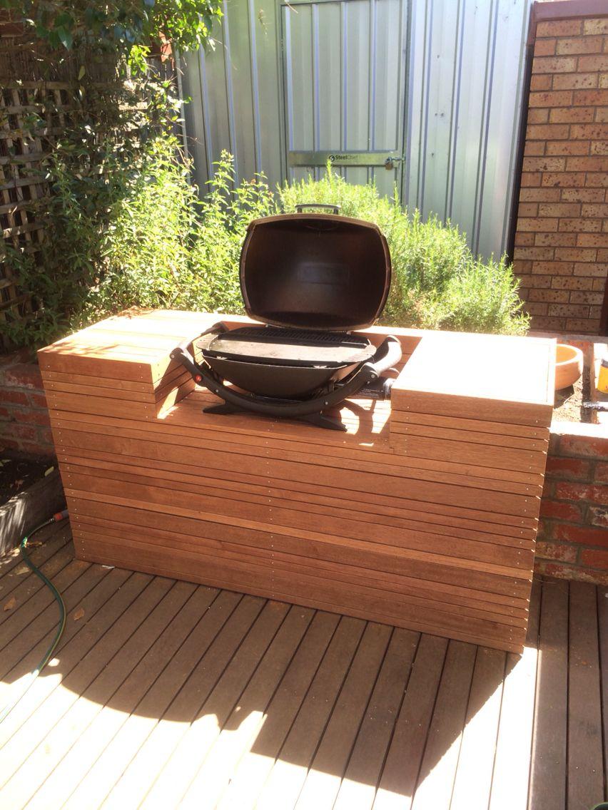 Weber q BBQ decking | Grillsvæði | Pinterest | Bbq stand, Backyard ...