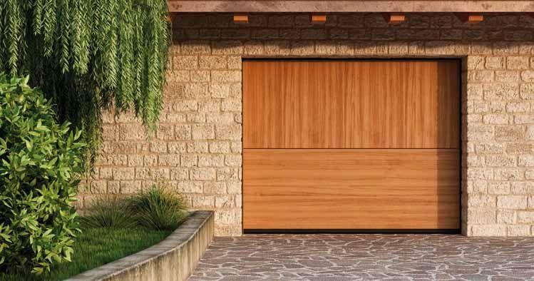 Puerta Overlap Duo De Madera Con Acabado De La Veta Perpendicular En Sus Dos Wooden Garage Doors Garage Doors Wooden Garage