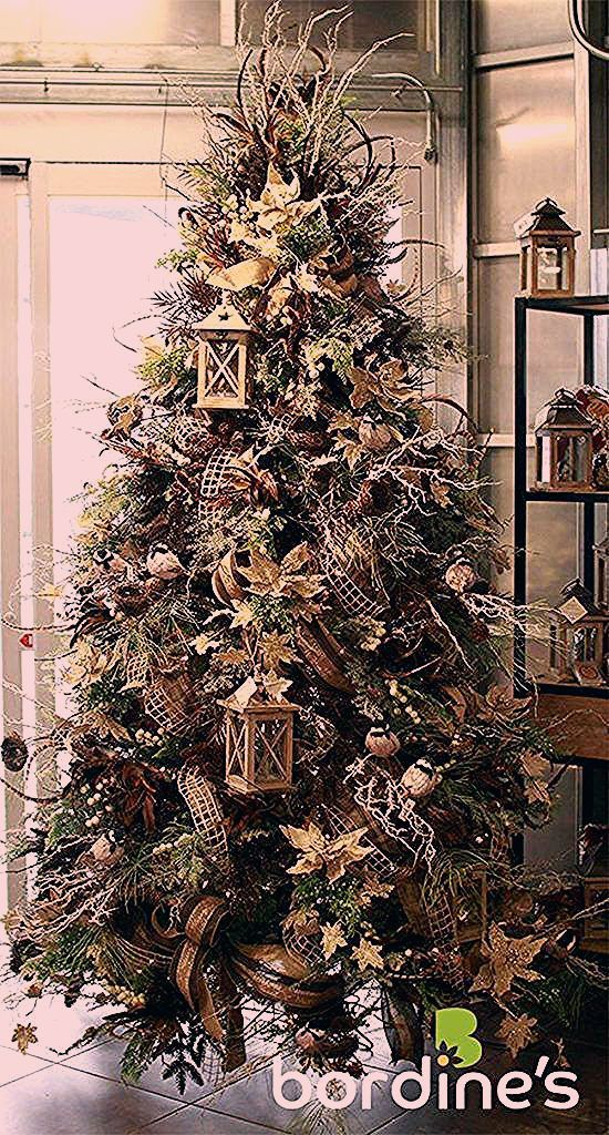 christmas tree ribbon #christmas #tree #christmastree 50+ Beautiful Christmas Trees, #Beautiful #Christmas #Trees #ribbononchristmastreeideas