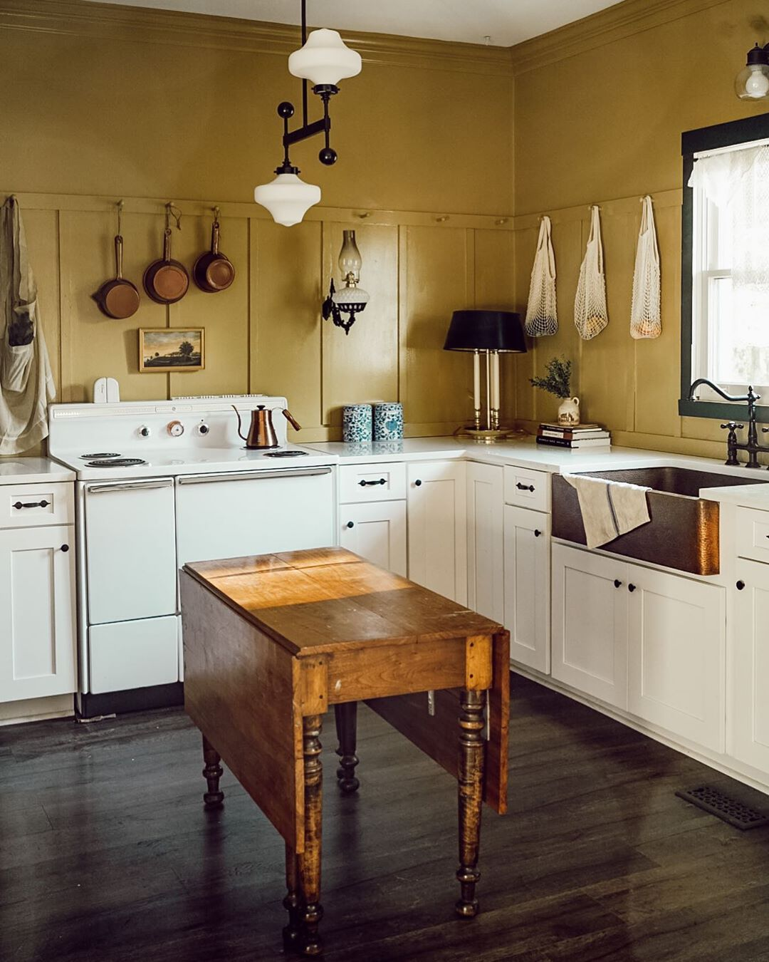 Pin On Vintage Farmhouse Kitchen