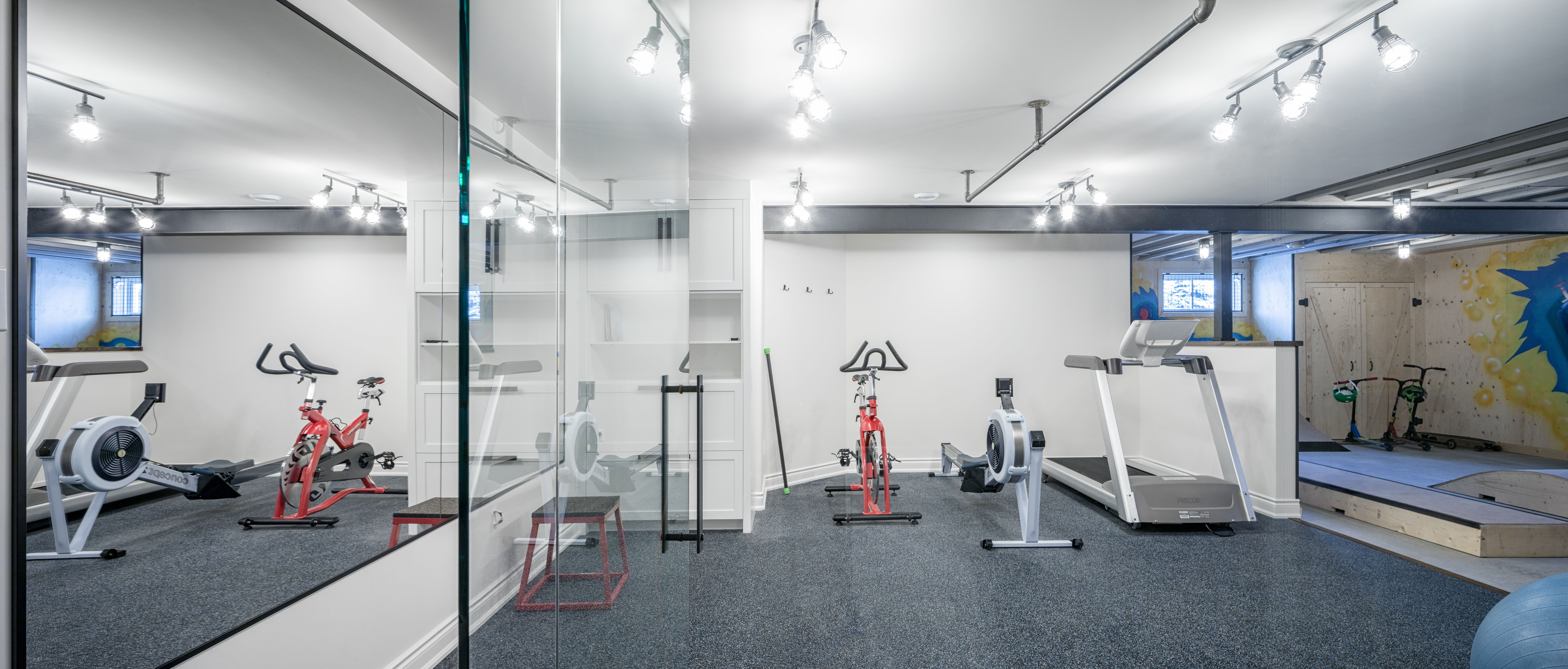 Home gym for the whole family | Amazing Family Space | Pinterest ...