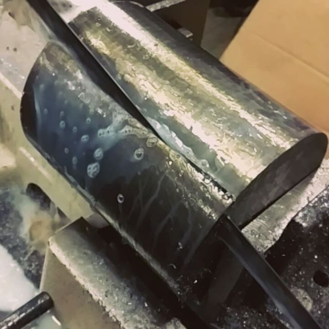 In preparing for a machined tensile, we started with a round bar of alloy steel and cut to size the pieces needed for the job.  This piece took an hour and a half to cut. . . . #alloys #alloysteel #machined #tensile #strength #cuttıng #materialsscience #materialscience #saw #longtime #picoftheday #pictureoftheday #photooftheday #steelalloy #roundbar #askew