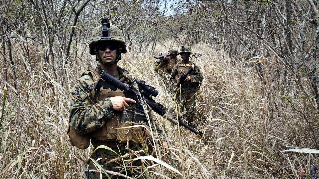 Фото солдат в 2020 г   Солдаты, Мужчины, Оружие