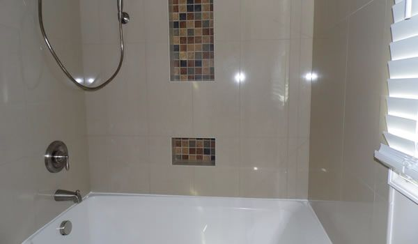 Miracle Method Surface Refinishing Can Repair Old Damaged Tile And Grout And Make Them Look N Tile Refinishing Beautiful Bathroom Decor Neutral Bathroom Decor