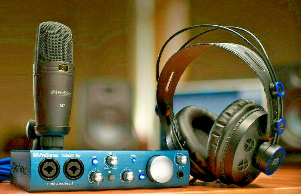 Presonus AudioBox iTwo Studio Recording & Podcast Package