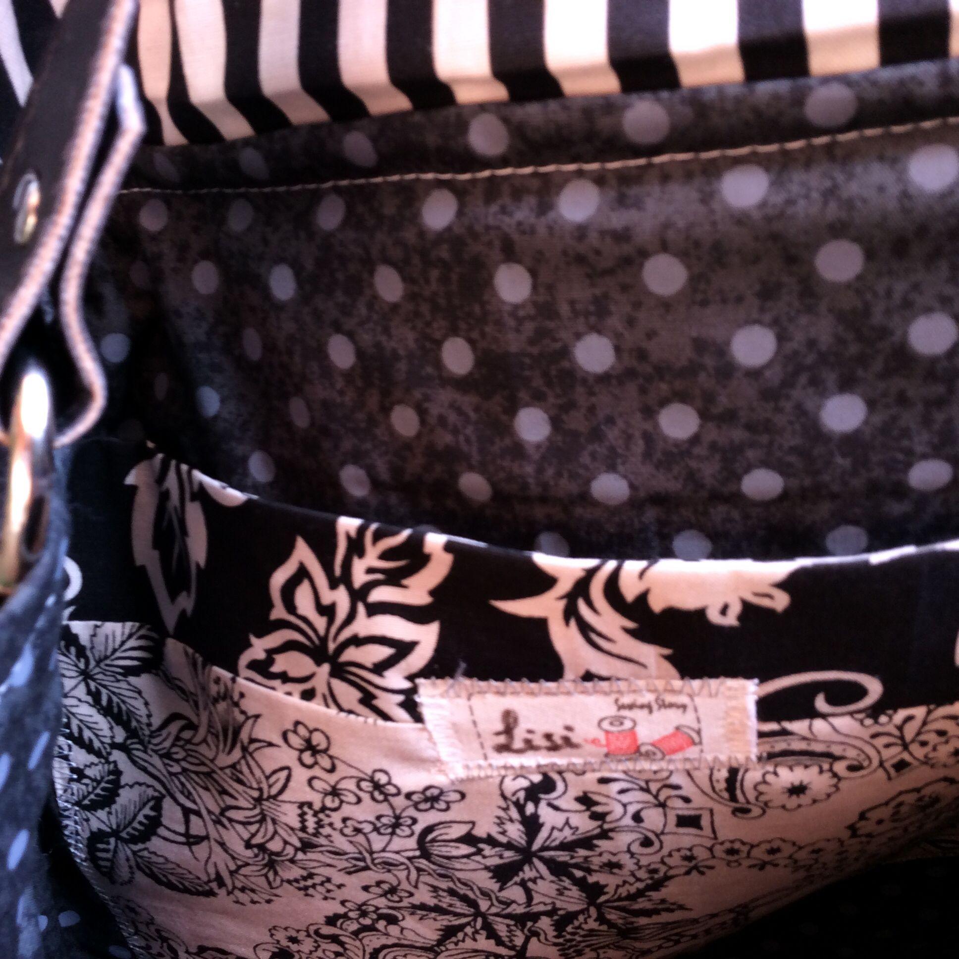 Bolsa em Patchwork com alças em couro