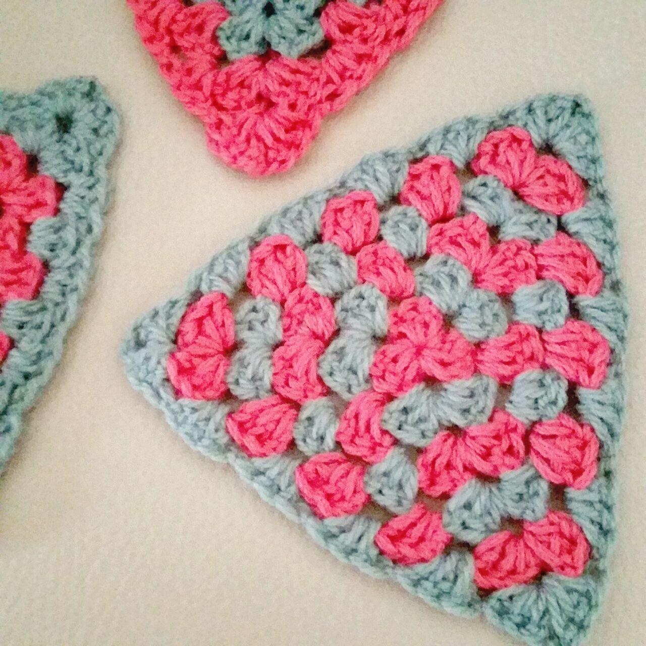 triángulos granny a crochet - ahuyama crochet   Crochet   Pinterest ...
