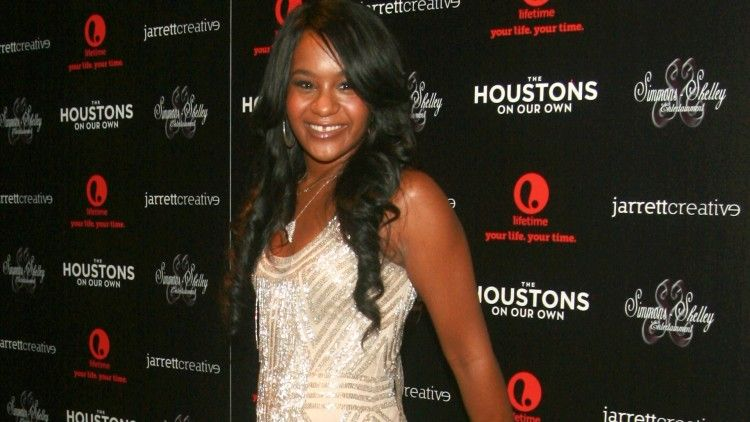 It's heartbreaking how Bobbi Kristina Brown's family couldn't even set their differences aside for her funeral