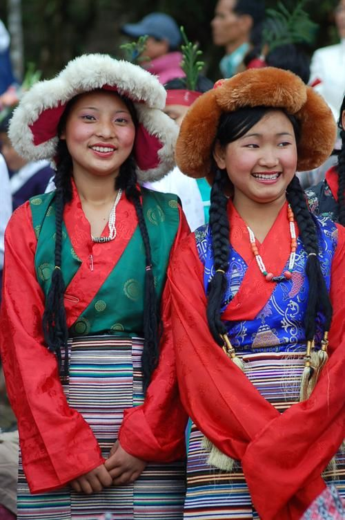 Sikkim girls, Sikkim, India. | People from the world in ...