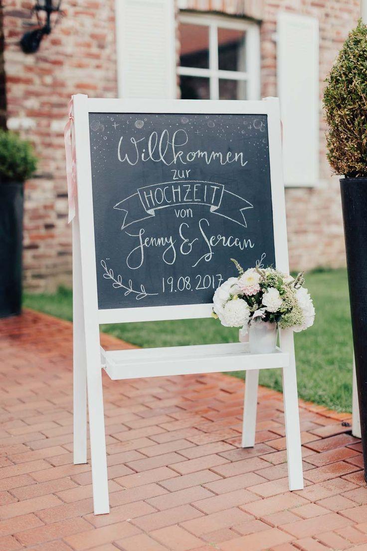 Tafeln Konnen So Vielseitig Eingesetzt Werden Ob Als Willkommenstafel Tischp 2019 Tafeln Konnen So Vielseit Welcome Table Welcome Boards Dyi Wedding Flowers