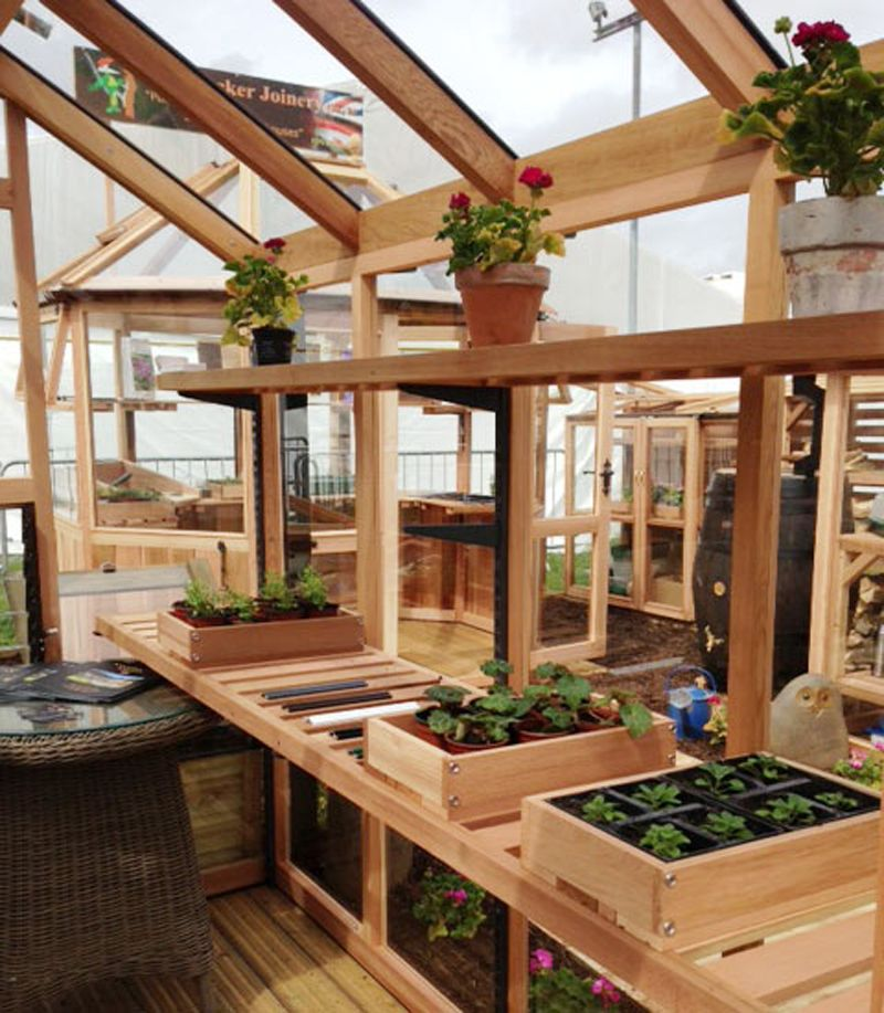Photo of How to Purchase a Small Inexpensive Greenhouse