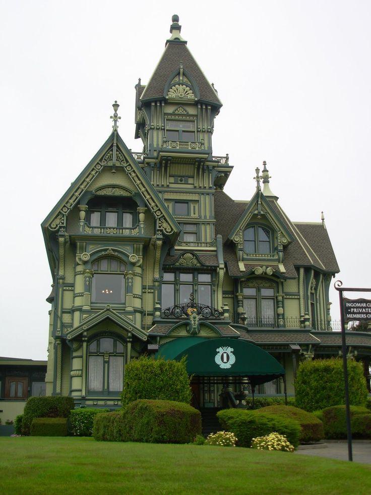 Photos of gothic architecture characteristics