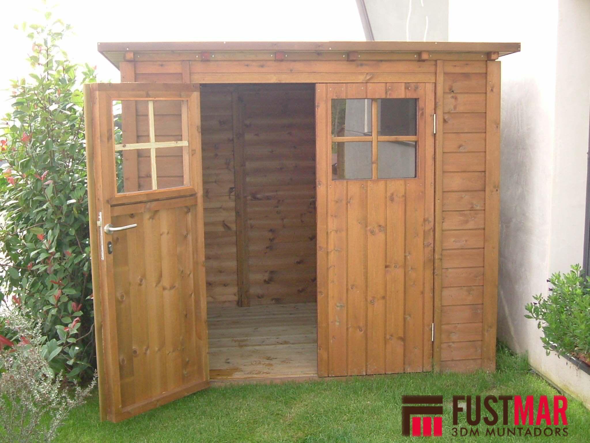Fabricaci n e instalaci n de caseta de madera de pino tratado en