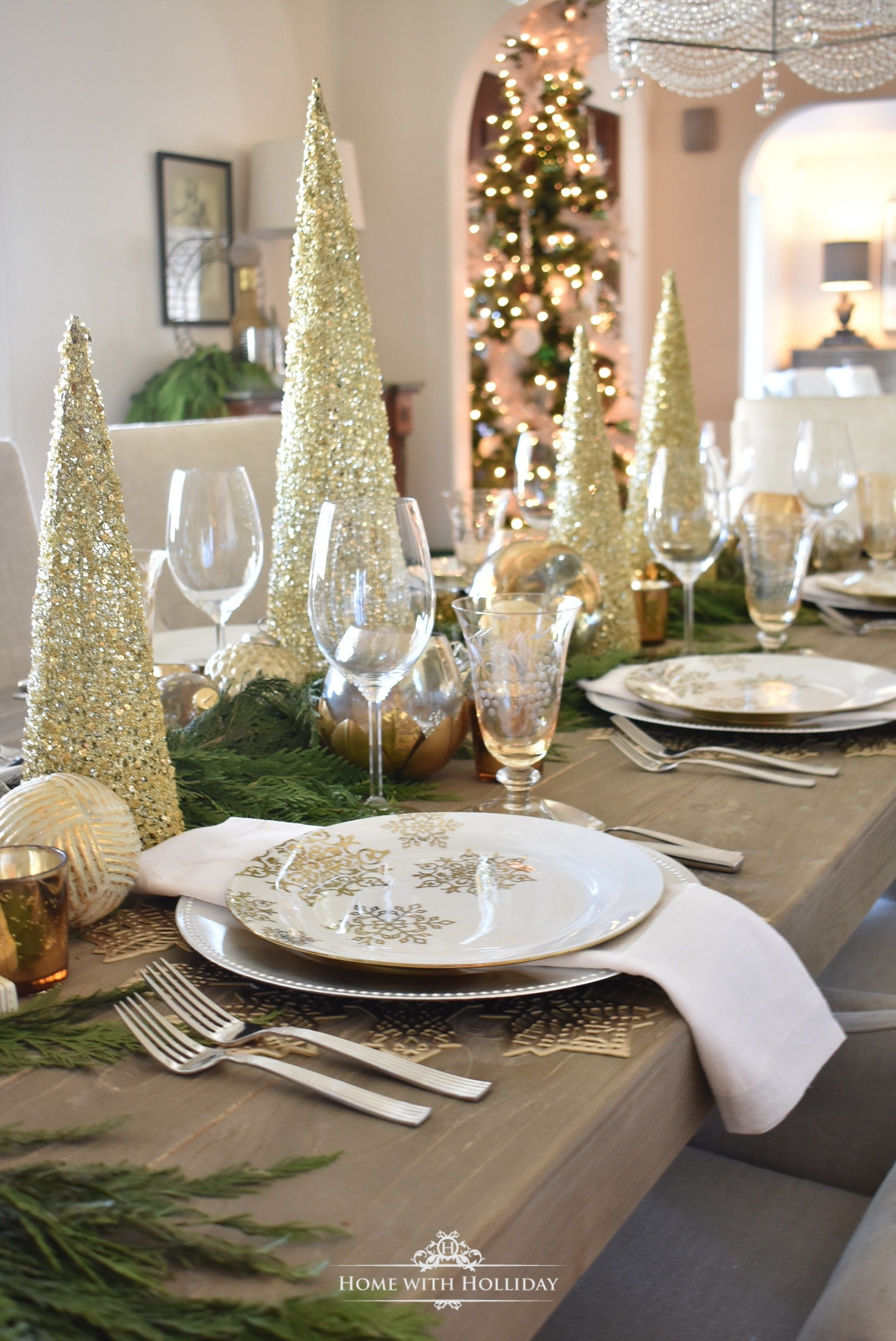 Gold And Silver Snowflake Christmas Table Setting Home With Holliday Gold Christmas Decorations Christmas Dining Table Christmas Table