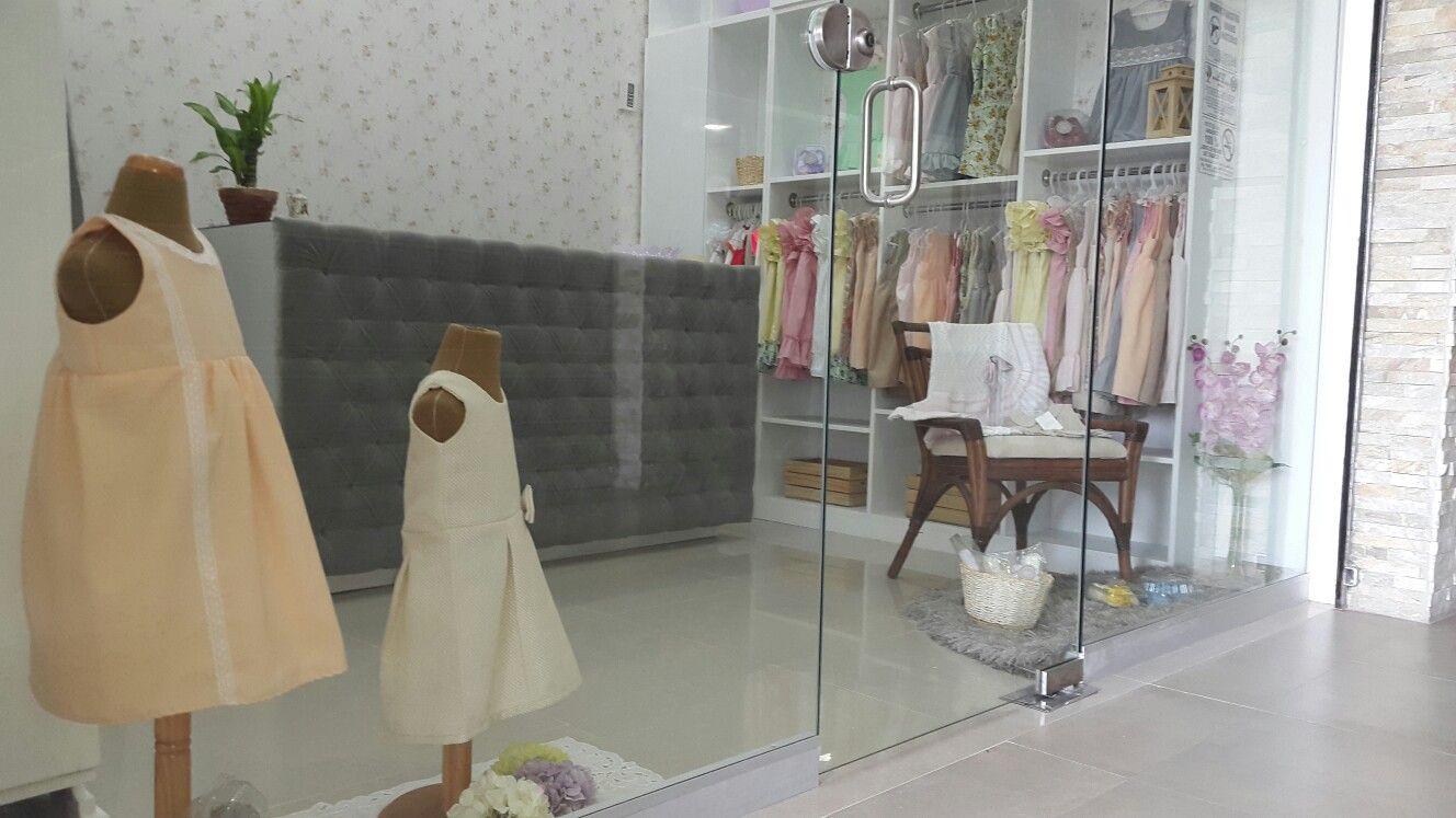 Local comercial, @grispetalo shabby chic, ropa y accesorios, vintage ...